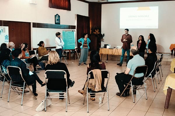 Members of the ESPERE team during a training to teach forgiveness and reconciliation.