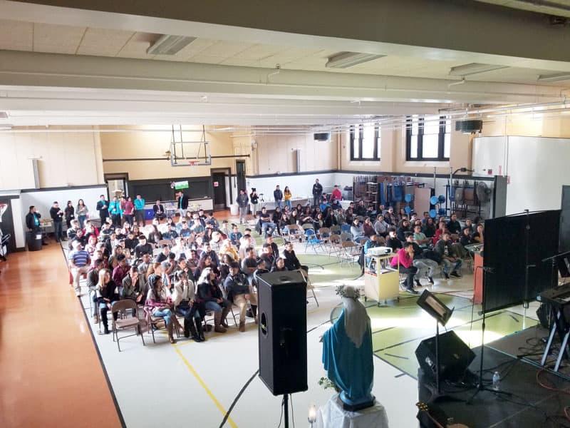 Young Hispanic Catholics meet at St. Patrick's Parish in Rhode Island to participate in a retreat. (German Cruz / Rhode Island)
