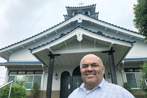 Maryknoll Father Roberto Rodriguez, who has served in Japan since 2009, ministers to Japanese Catholics and Catholic immigrants in Japan. (P. Saunders/Japan)