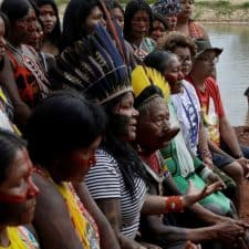 Pope backs indigenous in Amazon