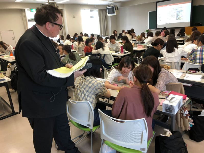 Father Sleyman teaching at Tenshi College before changing course to teaching online due to COVID-19. (Peter Saunders/Japan)