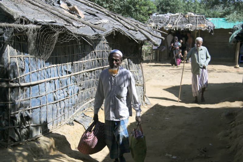Rohingya refugees are seen at Kutupalong camp in Cox's Bazar of Bangladesh in 2016. A 71-year-old Rohingya man became the first person to die from Covid-19 in the camps on June 1. (Photo: Stephan Uttom/UCA News)